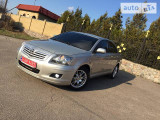 Toyota Avensis FULL + GAS                                            2008